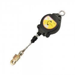 Lifeline RETRACTABLE FALL ARRESTER
